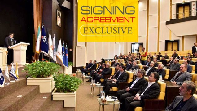 signing-agreement-03